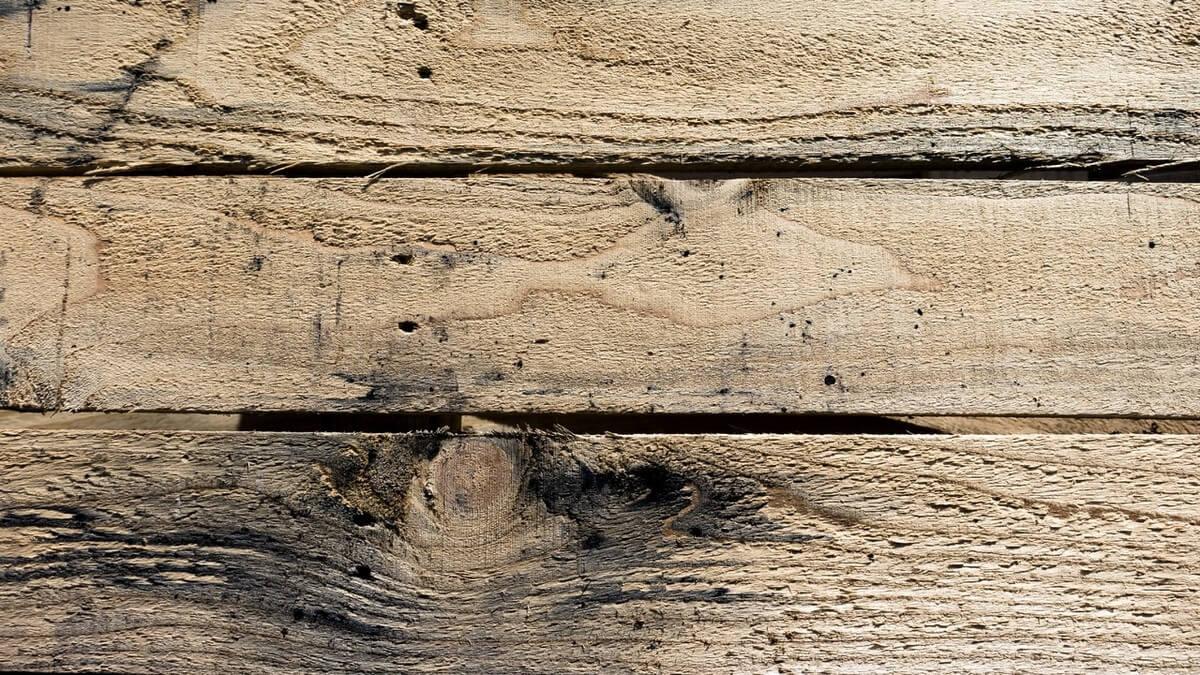 Qué hacer para que las puertas de madera no se hinchen
