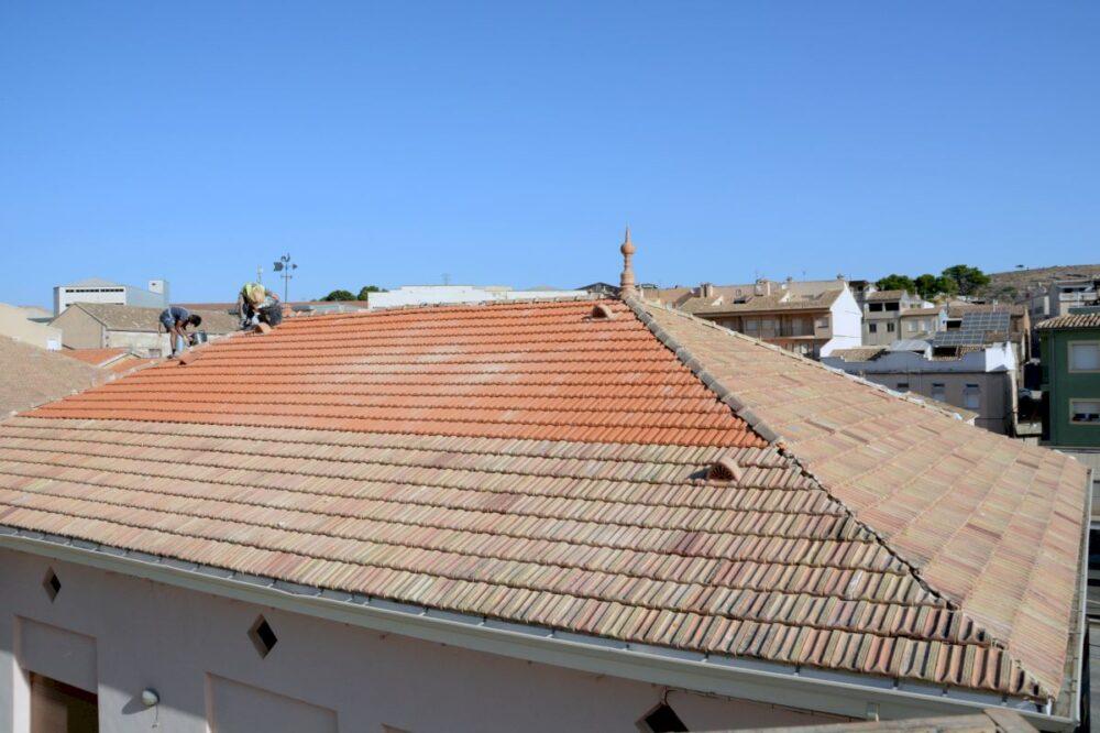 humedades-y-filtraciones-procedentes-del-tejado-o-cubierta